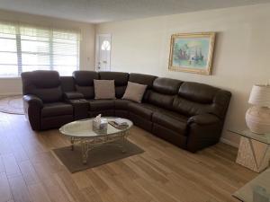 112  High Point Boulevard B For Sale 10620020, FL