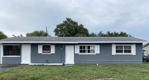 700 W 34th Street  For Sale 10619965, FL