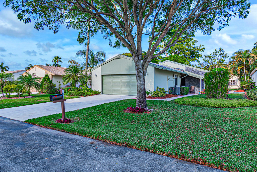Home for sale in RAINBERRY BAY SEC 1 Delray Beach Florida