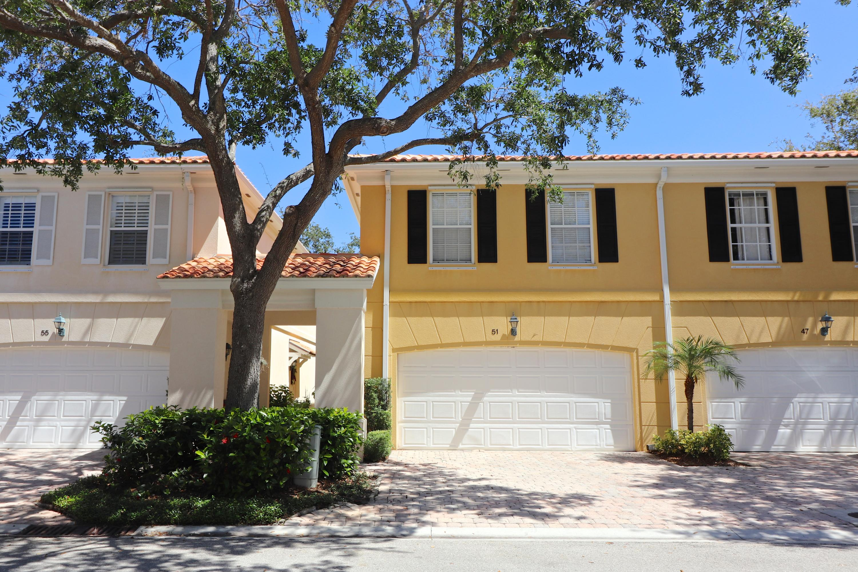 51  Tall Oaks Circle, one of homes for sale in Tequesta