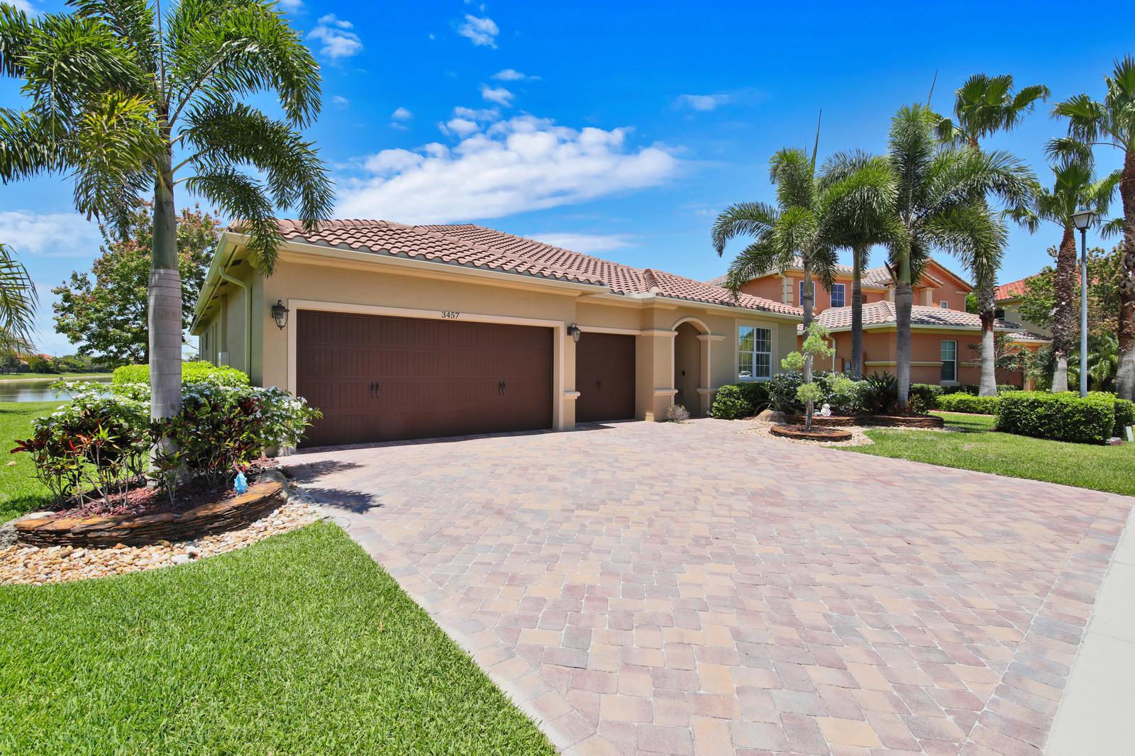 3457 Oakmont Estates Boulevard  Wellington FL 33414