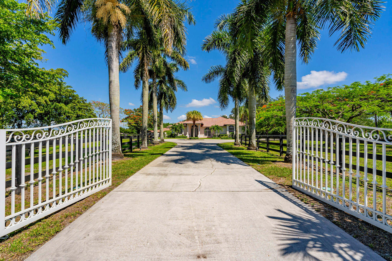 Home for sale in PADDOCK PARK NO 2 OF          WELLINGTON Wellington Florida