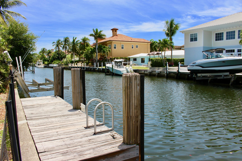 924 Allamanda Drive  Delray Beach, FL 33483