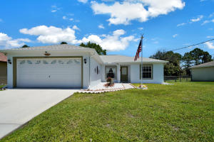 6121 NW Densaw Terrace  For Sale 10621158, FL