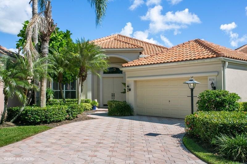 8658 Falcon Green Drive  West Palm Beach, FL 33412