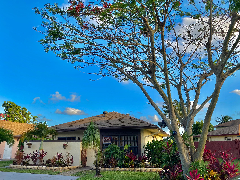5410 Garden Hills Circle Circle West Palm Beach, FL 33415