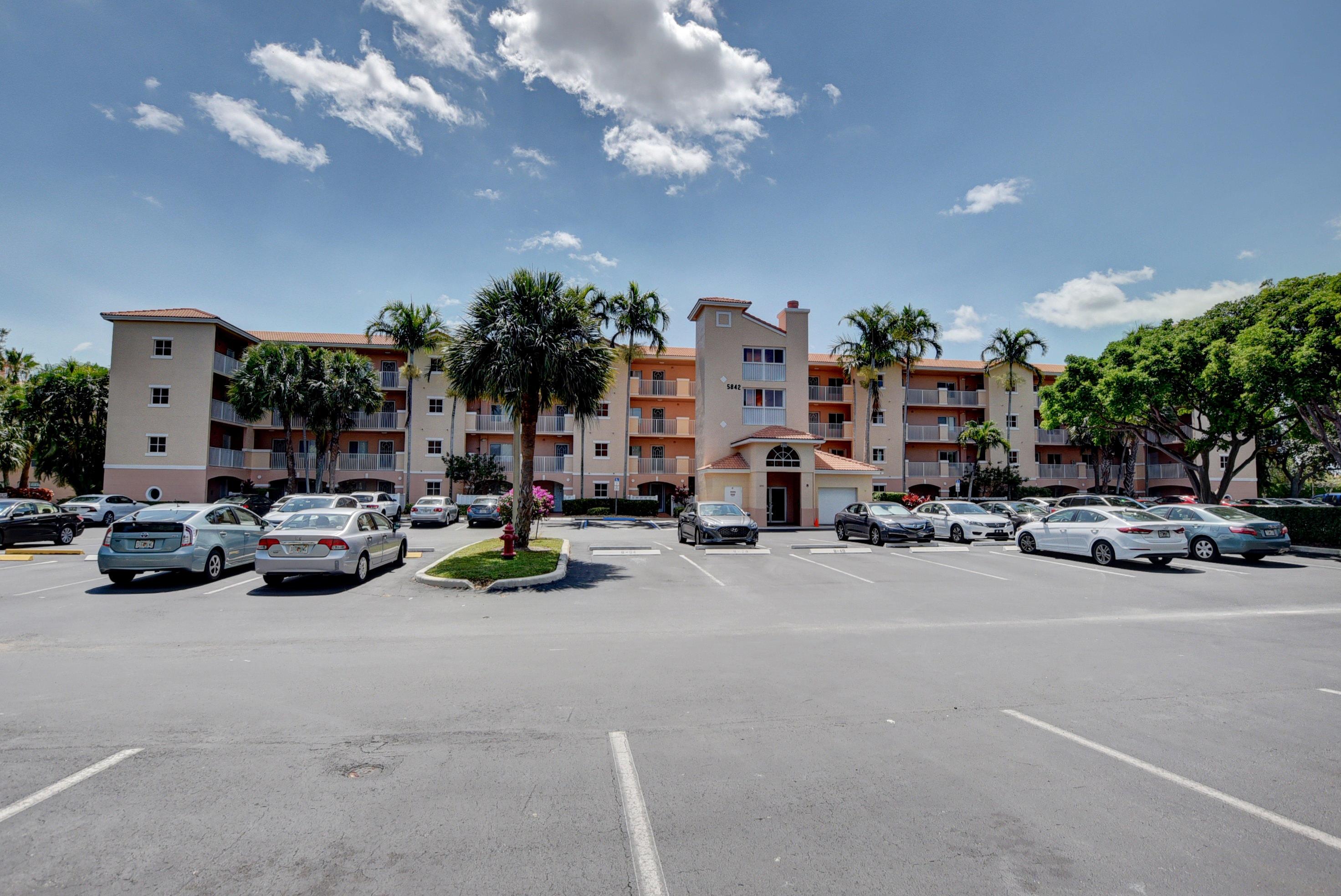 Home for sale in Coral Lakes Regal Shores Boynton Beach Florida