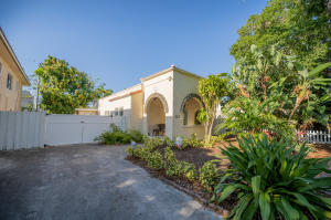 521  Ardmore Road  For Sale 10621528, FL