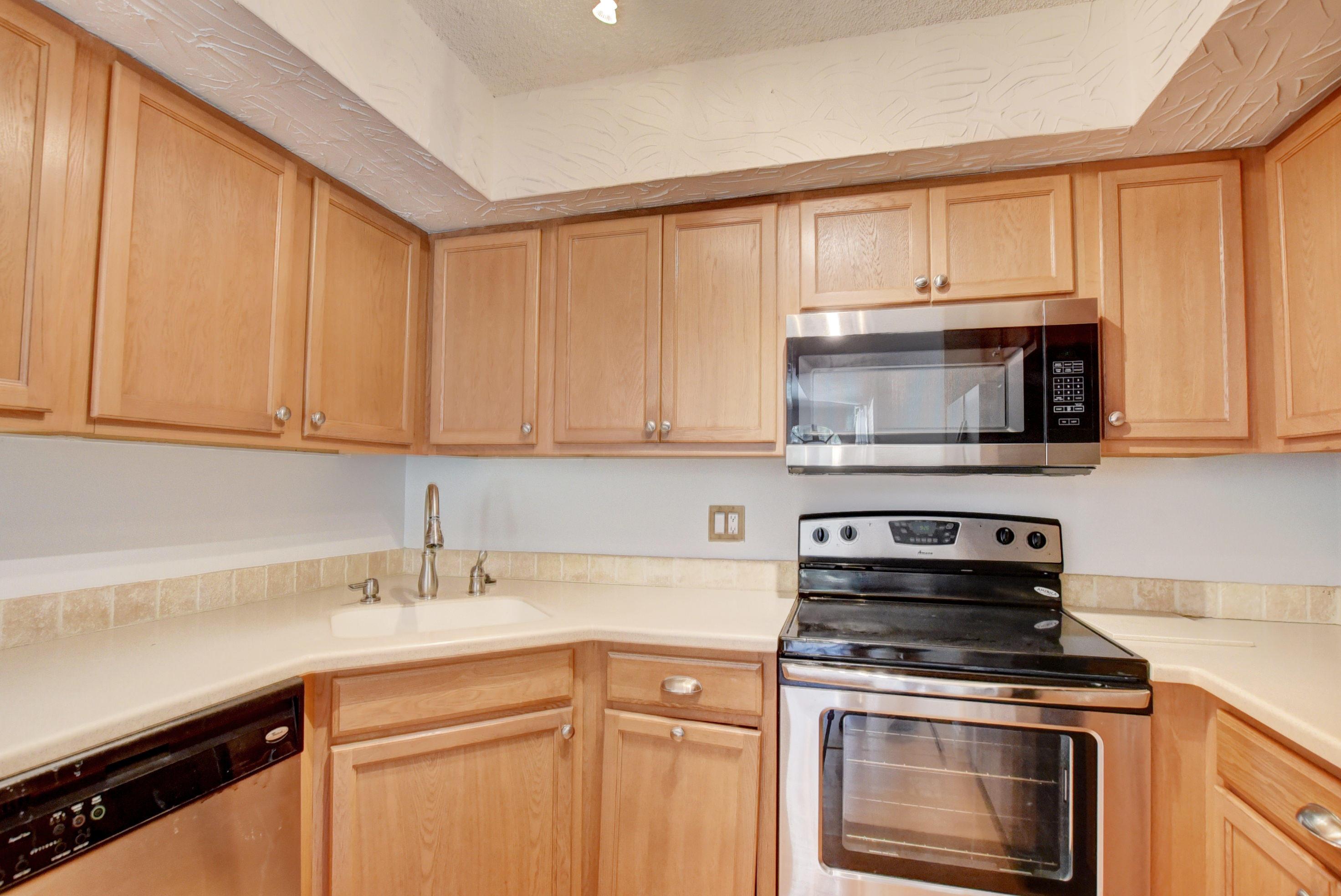 Home for sale in LE VILLAGE DE PROVENCE 2 Delray Beach Florida