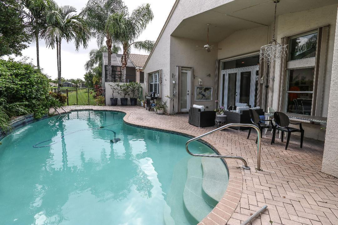 9889 Casa Mar Drive Lake Worth, FL 33467