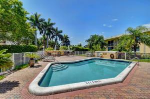 207  Tropic Isle Drive 210 For Sale 10621415, FL