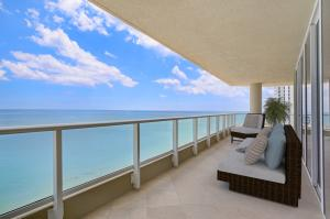 5050 N Ocean Drive 902 For Sale 10588174, FL