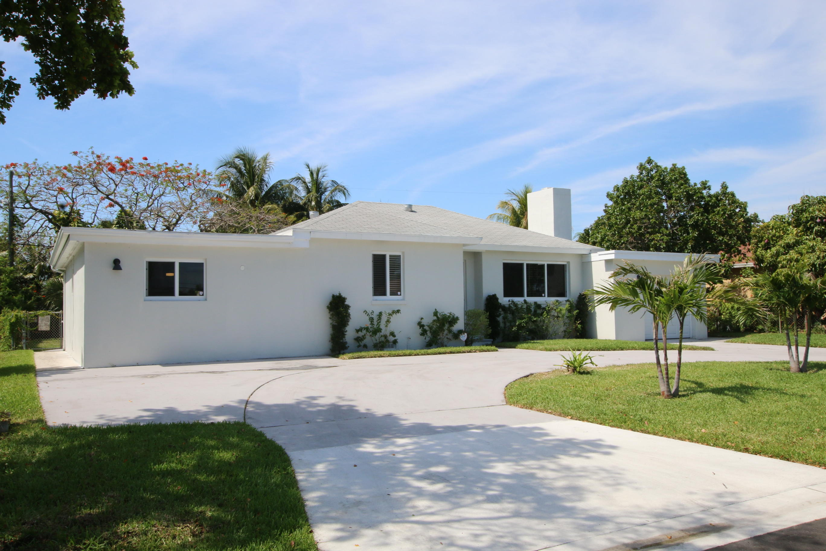 Home for sale in Arlintgon Place West Palm Beach Florida