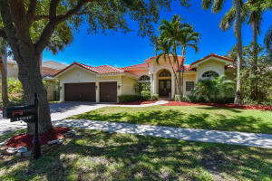 19540  Saturnia Lakes Drive  For Sale 10621983, FL