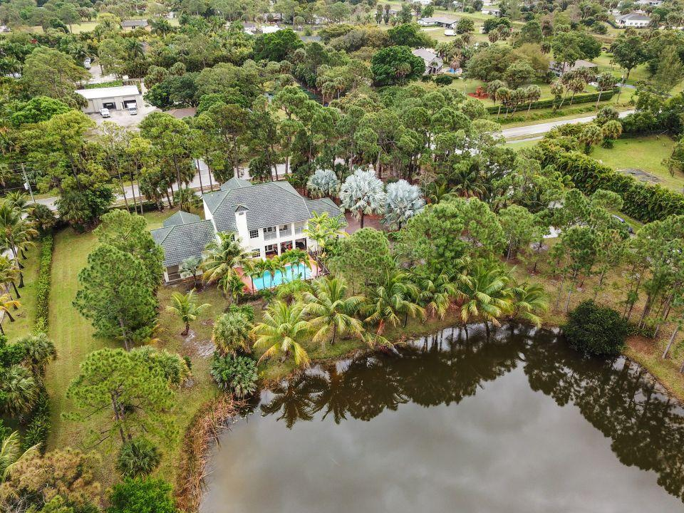 7075 Pioneer Lakes Circle West Palm Beach, FL 33413 small photo 46