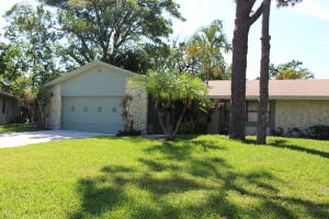 715 NW 23rd Lane  For Sale 10622126, FL