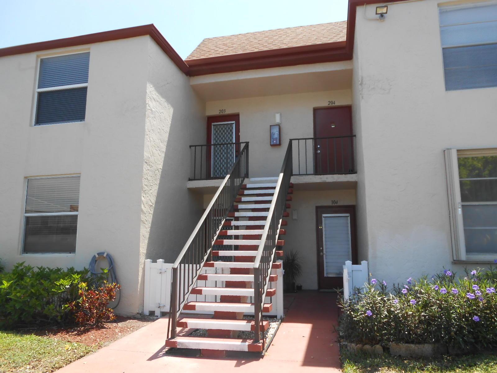 16 Willowbrook Lane 203  Delray Beach, FL 33446