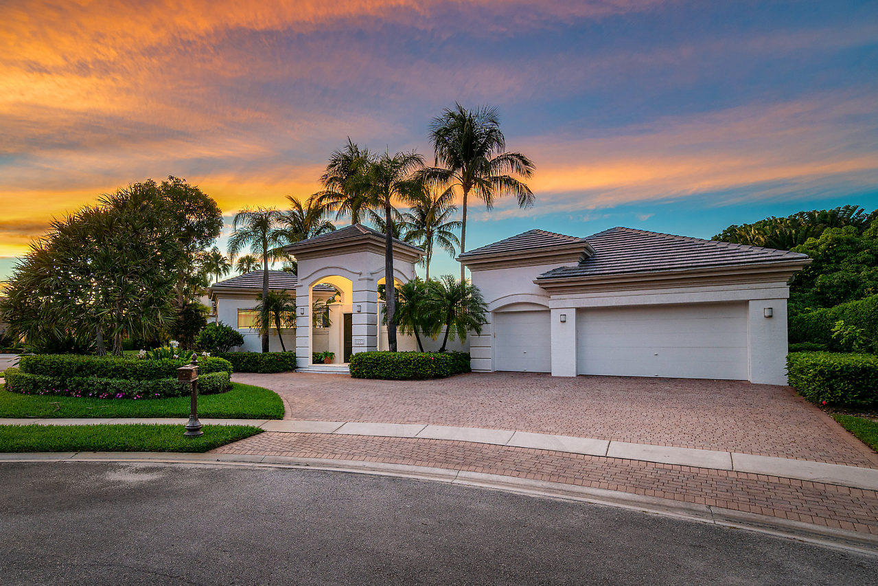 5853 Vintage Oaks Court  Delray Beach, FL 33484