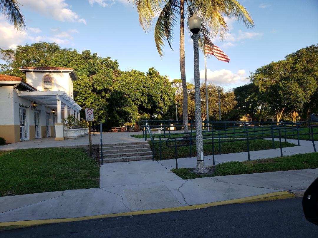 1110 Oak Street West Palm Beach, FL 33405 photo 7