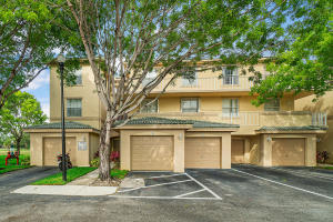 2060  Greenview Shores 309 Boulevard 309 For Sale 10622852, FL