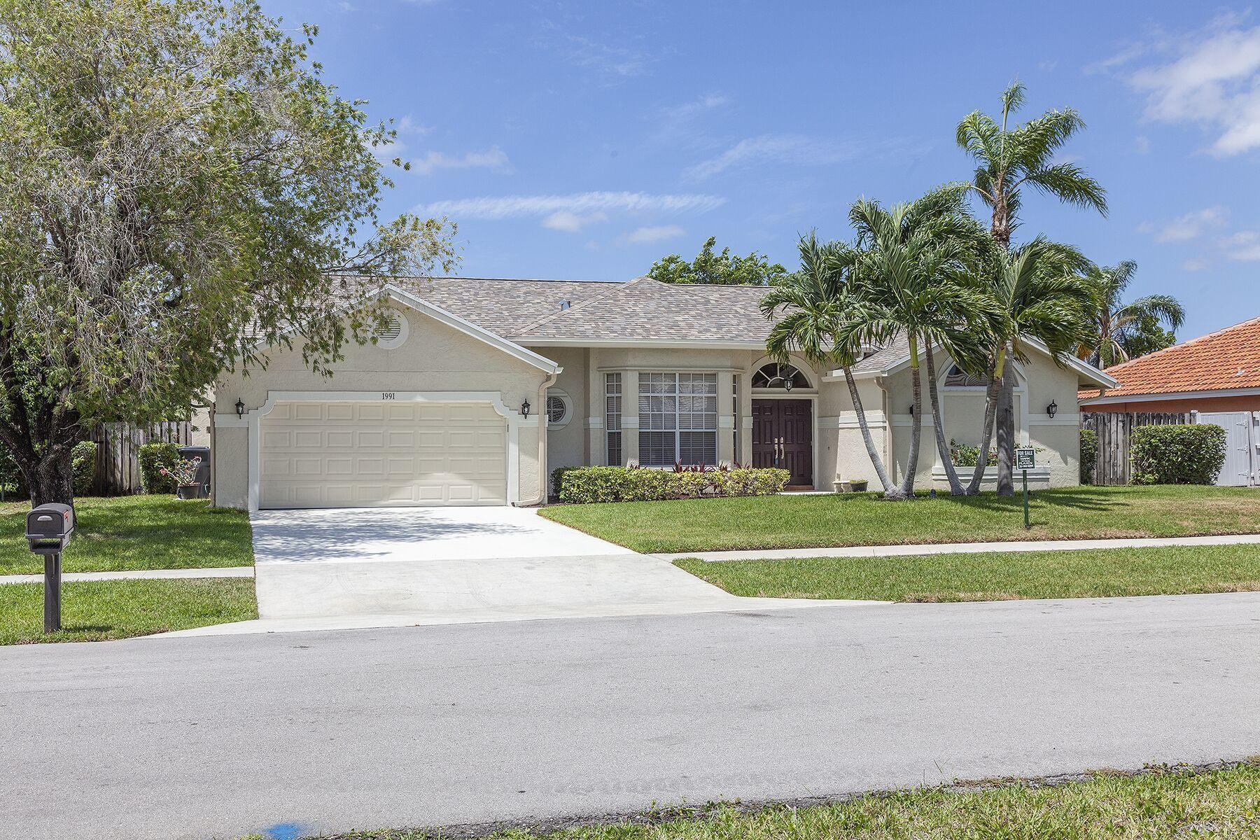 Home for sale in GREENVIEW SHORES NO 2 OF WELLINGTON AS I Wellington Florida