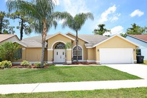 1049  Sweet Briar Place  For Sale 10614923, FL