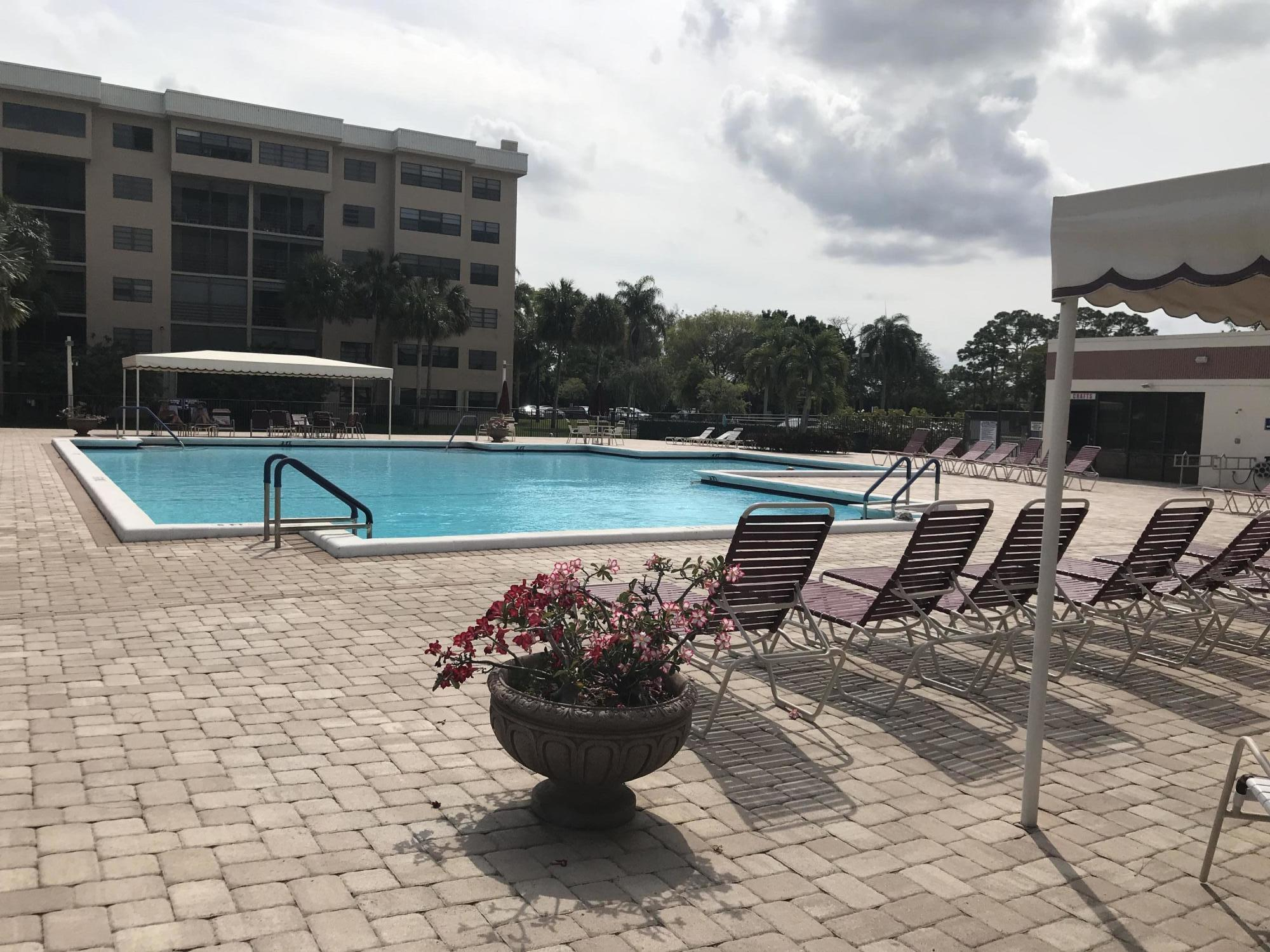4725 Lucerne Lakes Boulevard 216 Lake Worth, FL 33467 photo 37