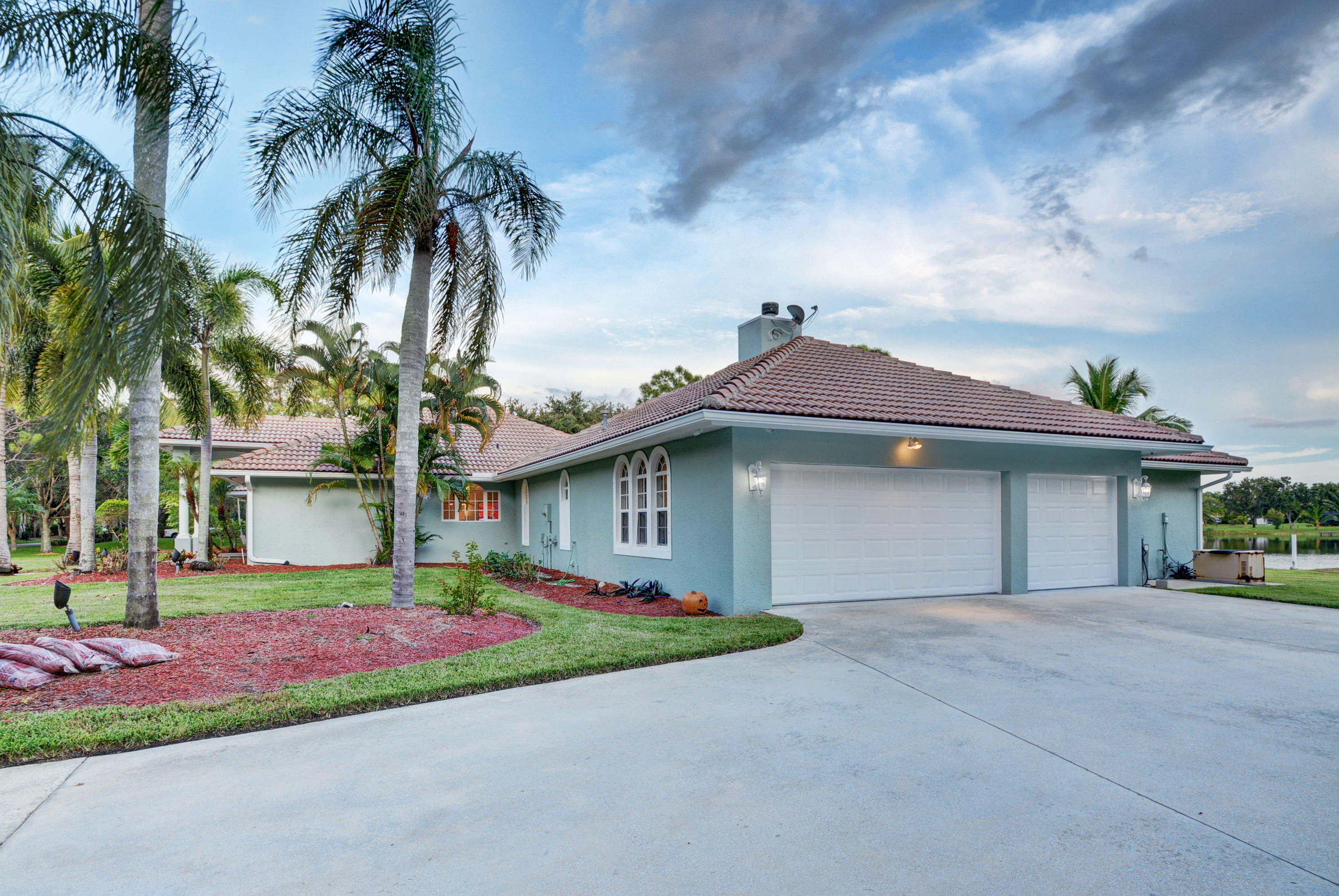 8902 E Estate Drive Wellington, FL 33411 photo 15