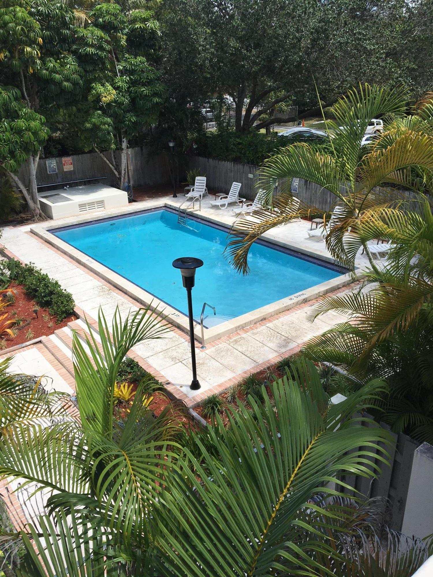 2545 S Bayshore Drive 312 Miami, FL 33133 Miami FL 33133