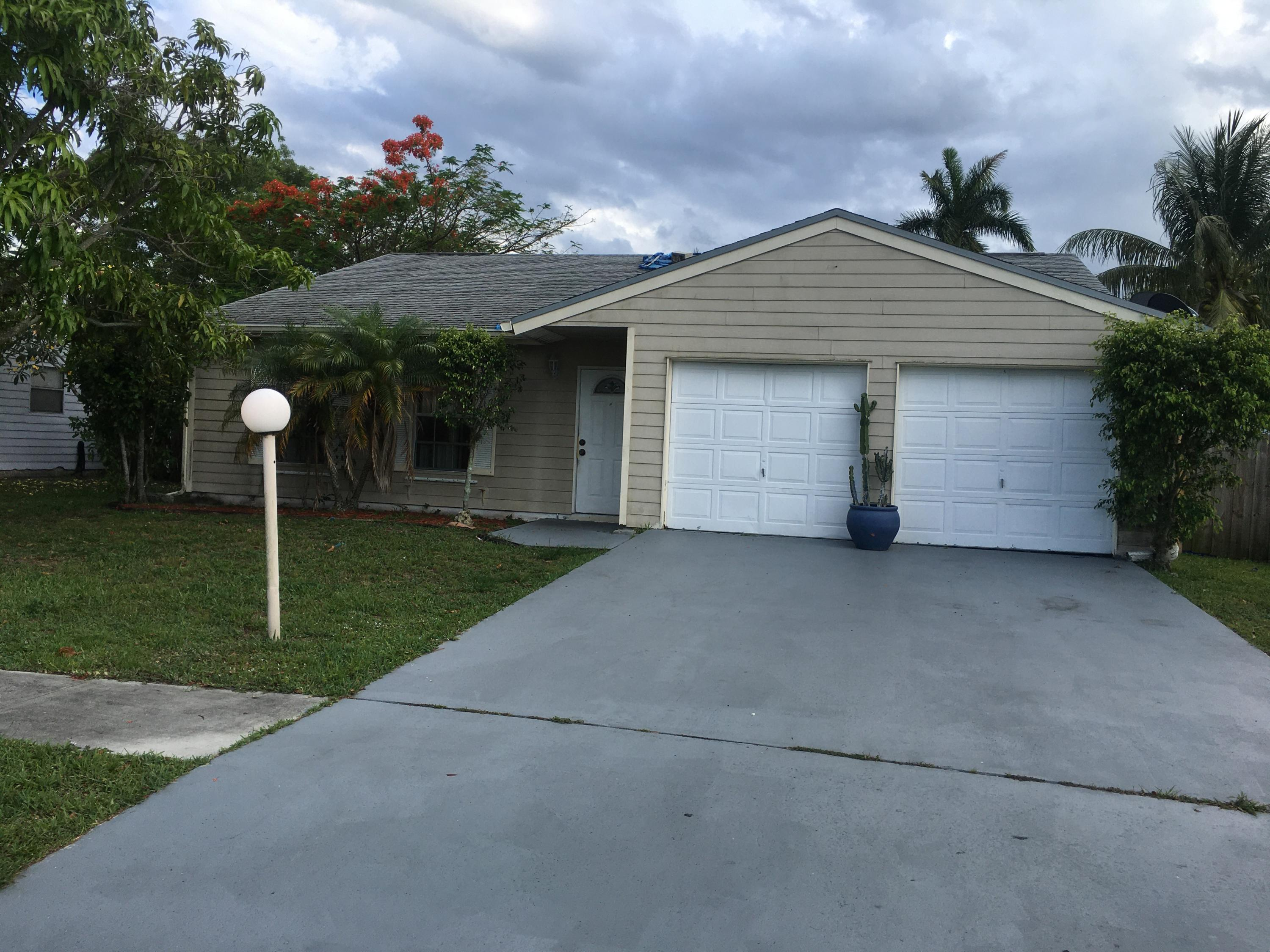 5182 Canal Circle Lake Worth, FL 33467