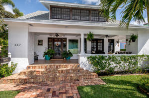 317  Vallette Way  For Sale 10624138, FL