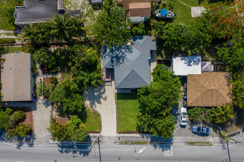 5210 Parker Avenue West Palm Beach, FL 33405 photo 3