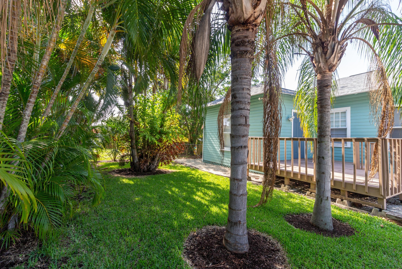 5210 Parker Avenue West Palm Beach, FL 33405 photo 8