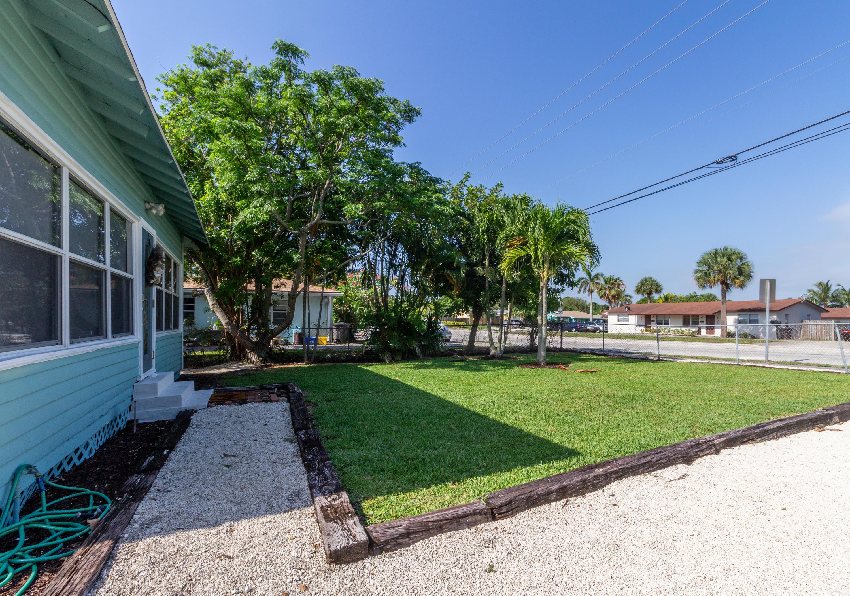 5210 Parker Avenue West Palm Beach, FL 33405 photo 10