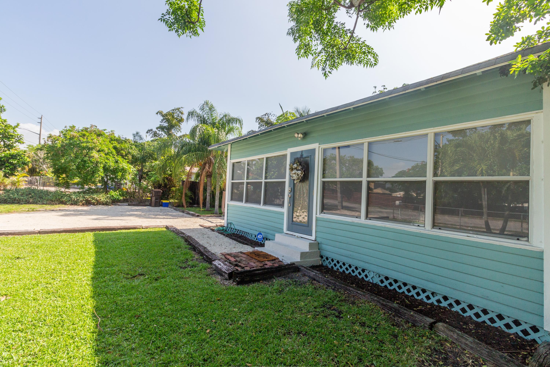 5210 Parker Avenue West Palm Beach, FL 33405 photo 12