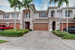153  Nottingham Place  For Sale 10623580, FL