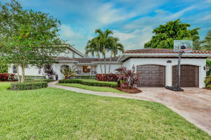 110  Grove Way  For Sale 10624144, FL