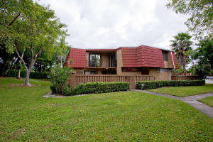 8135  Severn Drive A For Sale 10624417, FL