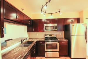 2200 S Cypress Bend Drive 801 For Sale 10623422, FL