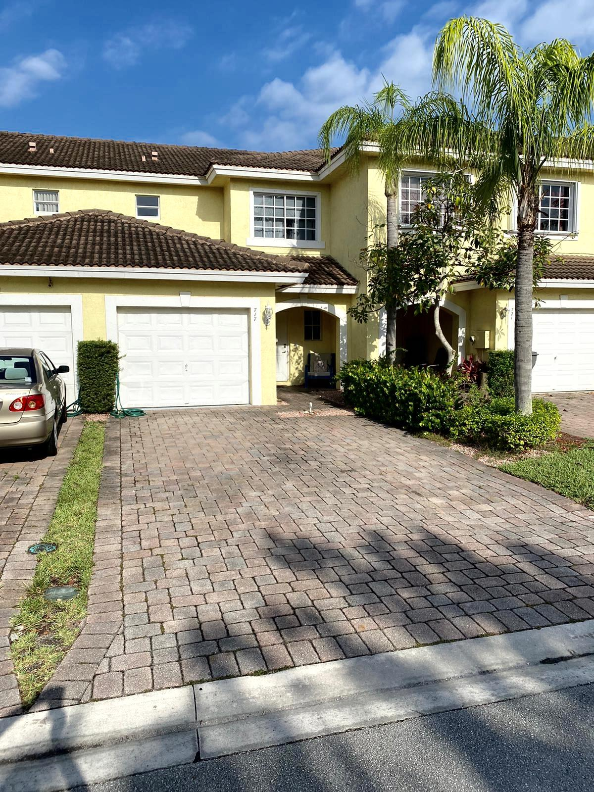 717 Imperial Lake Road West Palm Beach, FL 33413