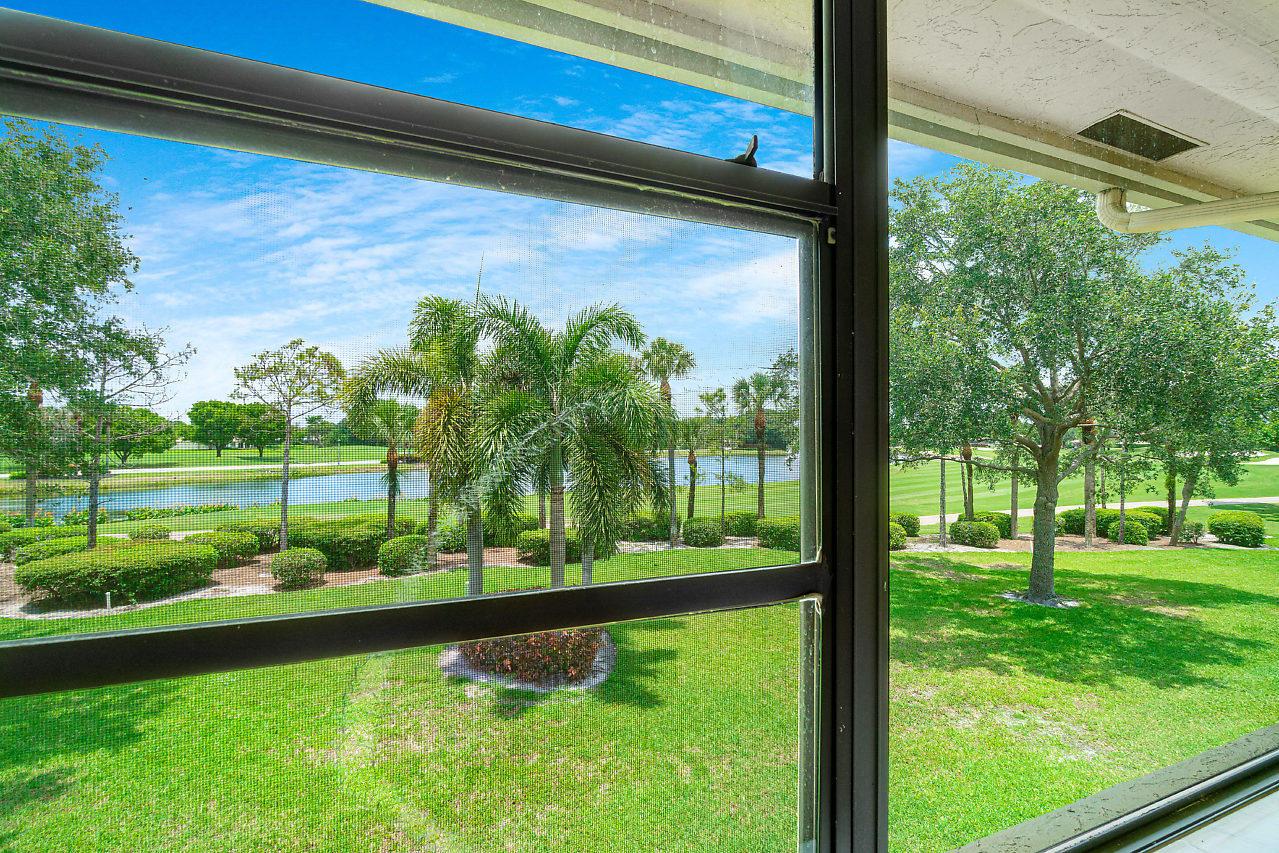 49 Eastgate Drive B Boynton Beach, FL 33436 photo 19