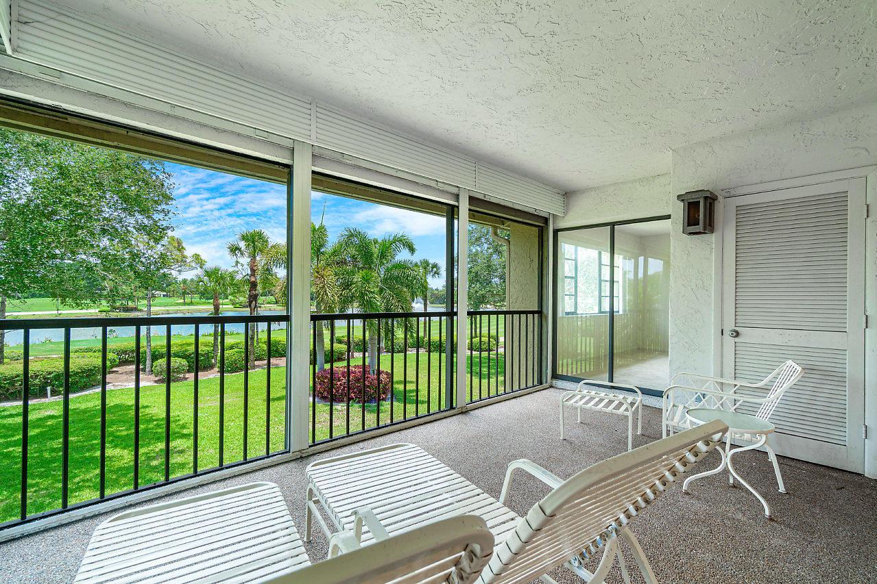 49 Eastgate Drive B Boynton Beach, FL 33436 photo 1