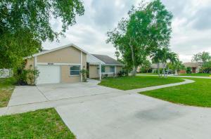 9240  Edgemont Lane  For Sale 10624747, FL