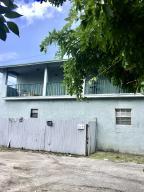 1015 N Tamarind Avenue  For Sale 10624800, FL