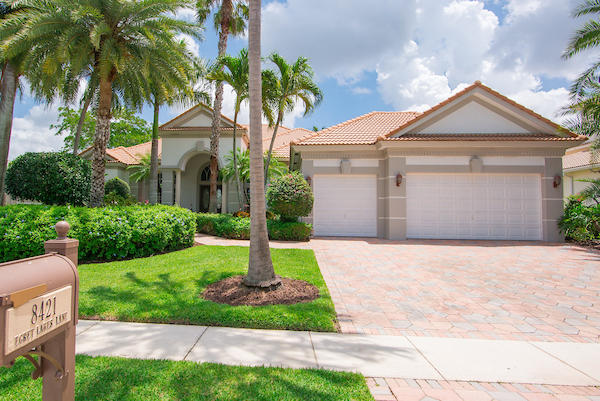 8421 Egret Lakes Lane West Palm Beach, FL 33412
