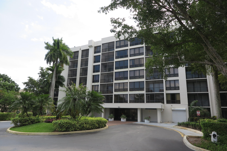 Home for sale in Wellesley Park Boca Raton Florida