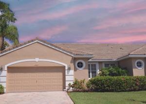 Property for sale at 4667 Carlton Golf Drive, Lake Worth,  Florida 33449