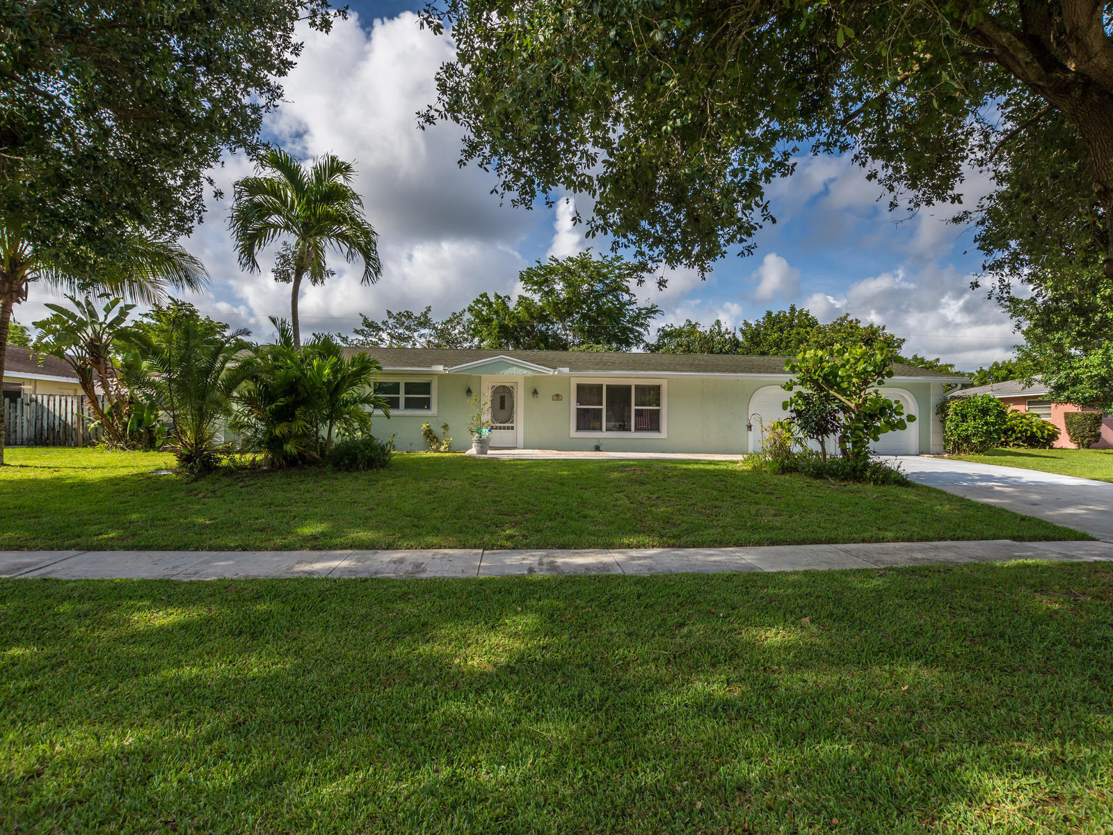 Home for sale in PALM BEACH NATL GOLF Lake Worth Florida