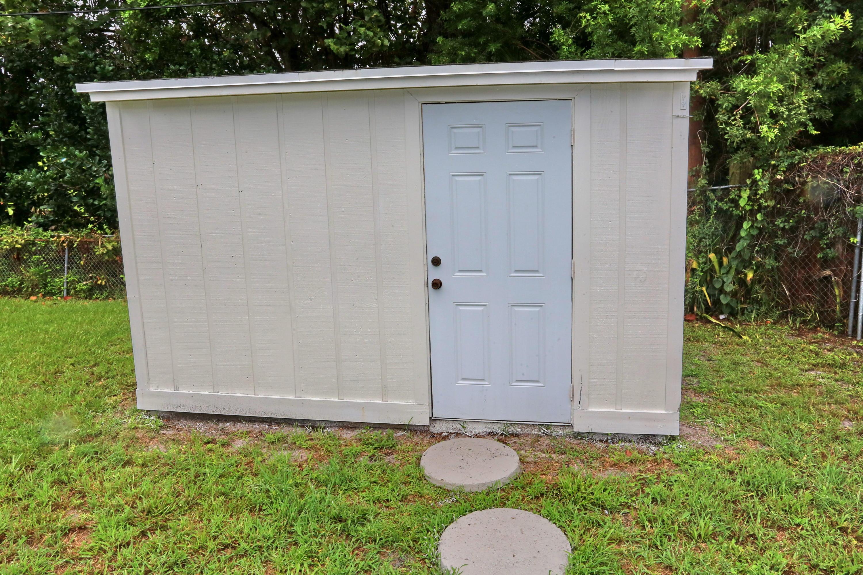 1048 Park Circle West Palm Beach, FL 33405 photo 27