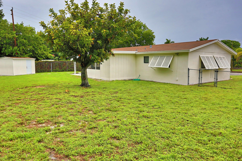 1048 Park Circle West Palm Beach, FL 33405 photo 24
